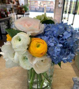 blue-hydrangeas-and-local-ranunculs